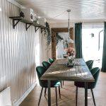 casa al mare con rivestimenti in legno